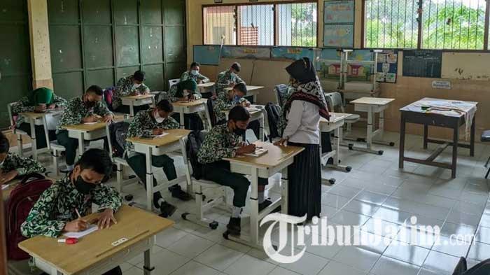Ratusan Siswa SMP Negeri 2 Puri Mojokerto Tak Punya Gedung Sekolah, Dua Tahun Numpang di SD