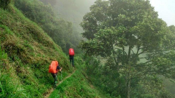 Misteri Pendaki Gunung Guntur Hilang 31 Jam, Ketemu Nyaris Telanjang di Mata Air, Kondisinya Janggal