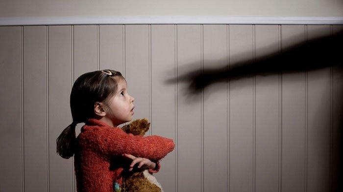 BREAKING NEWS : Aksi Tega Ayah Pukuli Anak Kandung di Trenggalek Hingga Masuk RS, Alasannya Sepele