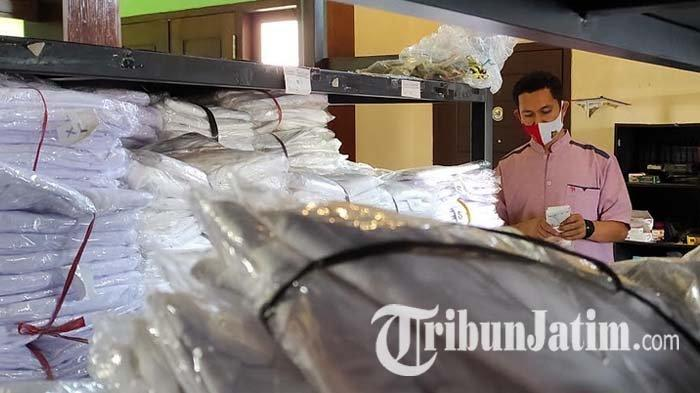 Pemberangkatan Haji Batal Lagi, Penjual Perlengkapan Haji di Kota Blitar Menumpuk Stok di Gudang
