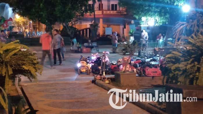 Warga Keluhkan Pedagang dan Rental Mainan Anak di Alun-alun Tulungagung, Dinilai Meresahkan