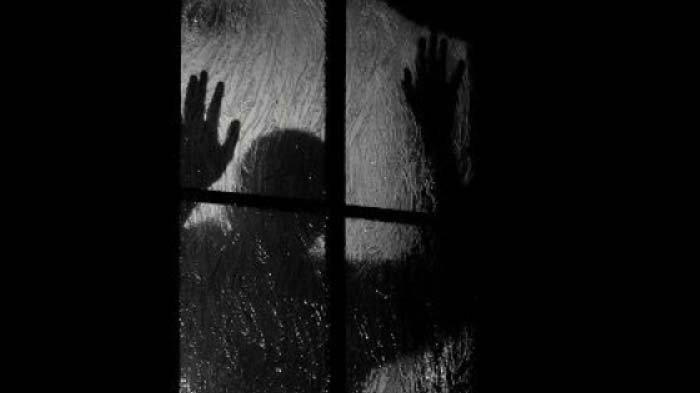VIRAL TERPOPULER: Jerit Tengah Malam Mama Rosita hingga Suami Polisi Seret Istri Pilu Lihat Kondom