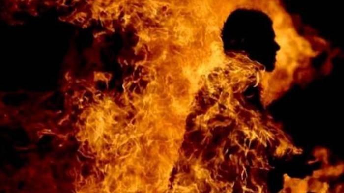 Ilustrasi suami dibakar istri