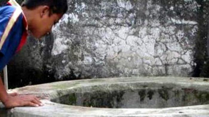 Arti Mimpi Jatuh ke Sumur, Bisa Pertanda Baik & Buruk, Hari-hati Mimpi Jatuh ke Sumur dan Meninggal