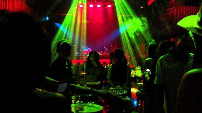 BERITA TERPOPULER JATIM: Curhat Pilu Pemandu Lagu di Surabaya hingga Pengakuan Pasien Covid-19