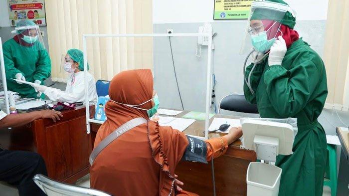 Banyuwangi Salurkan Insentif Rp 3,9 M untuk Tenaga Kesehatan yang Tangani Pasien Covid-19