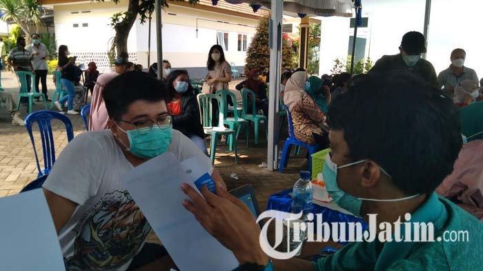 Gelar Vaksinasi Massal, Sekda Kabupaten Malang Sebut 80 Persen Warga Telah Disuntik Vaksin Covid-19