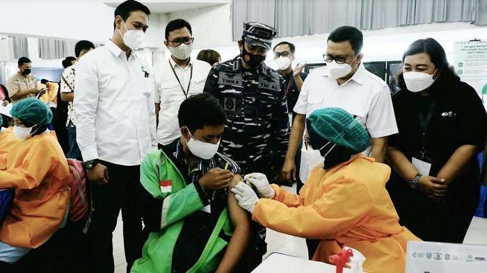 10 Ribu Vaksin Covid-19 Bagi Mitra Gojek dan Warga di Surabaya serta Malang Digelontorkan Pemerintah