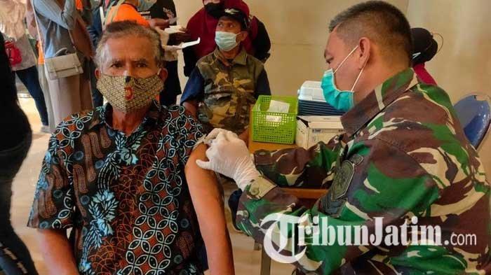 Pangkalan TNI AL Malang Gelar Vaksinasi Covid-19 Massal untuk Masyarakat Umum
