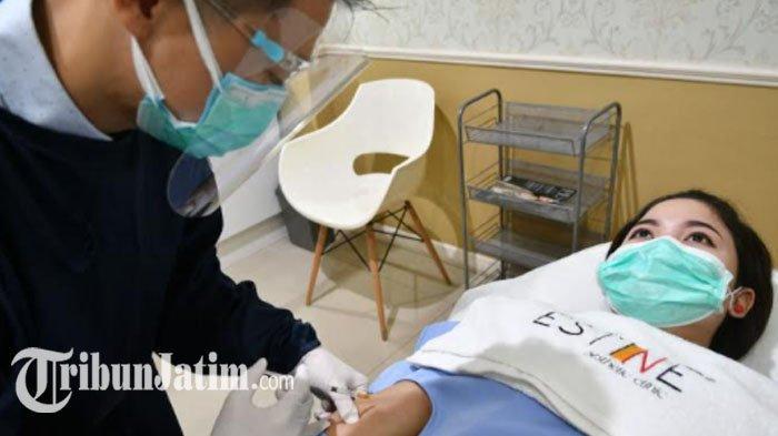 Tingkatkan Daya Tahan Tubuh Selama Pandemi dengan Injeksi Vitamin C, Punya Manfaat untuk Kulit Juga