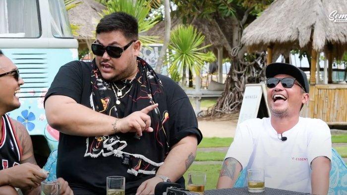Ivan Gunawan dan Uus dan Gading Marten saat podcast
