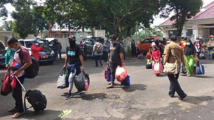 Pemprov Jawa Timur Bantu Pulangkan Puluhan Perantau Jatim yang Jadi Korban Gempa di Sulbar