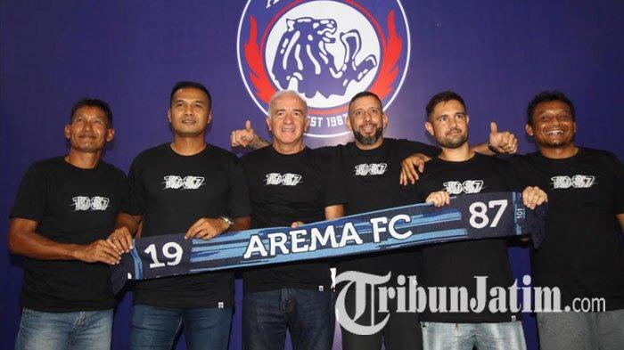 Soal Renegosiasi Kontrak, Pelatih Kiper Arema FC Sebut Rasa Hormat Lebih Bernilai Dibanding Uang