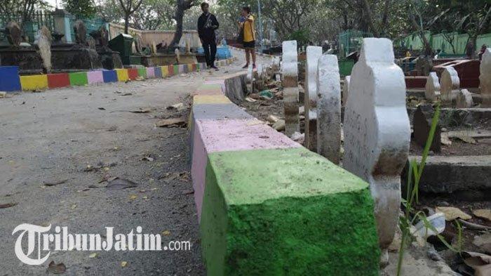 Syok Makam Leluhurnya di Bulusari Dijadikan Jalan Beton, Ahli Waris Geruduk Kantor Kelurahan Pandean