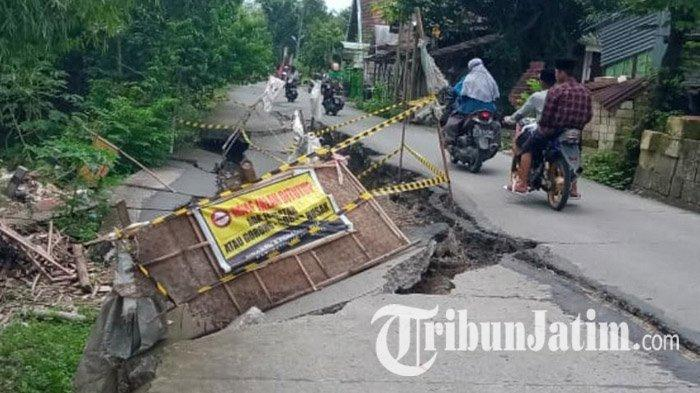 Jalan Ambles di Kemlagi Dilakukan Perbaikan Sementara, Perbaikan Pernamen Tunggu Anggaran APDB 2021