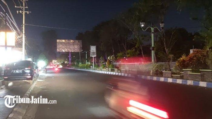 Mobilitas di Kota Probolinggo Menurun 80 Persen Selama PPKM Darurat, Suasana Alun-alun Lengang