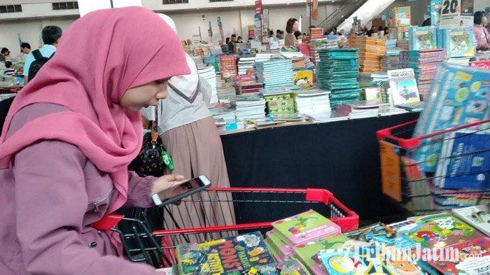 VIDEO: Sehari Bersama Pengusaha Bisnis Jasa Titip di Surabaya, Bisa Untung Rp 300 Ribu