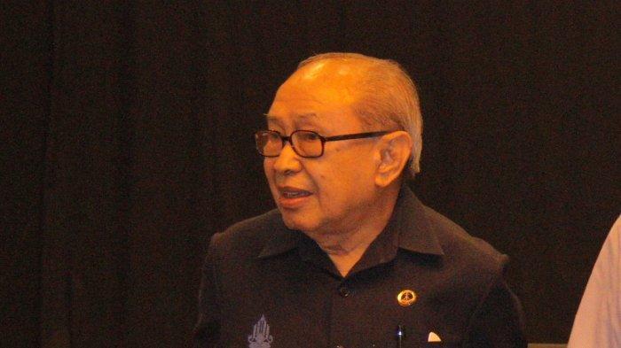 Prof Dr J E Sahetapy SH MA Berpulang, UK Petra Kehilangan Putra Terbaiknya