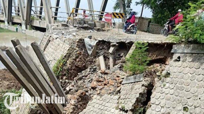 Kondisi terkini Jembatan Glendeng penghubung Tuban-Bojonegoro, tepatnya di sisi utara turut Kecamatan Soko, Tuban, Kamis (3/12/2020).