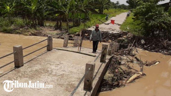 Jembatan Penghubung 2 Desa di Kecamatan Benjeng Ambrol, Rencana Segera Dibangun Jembatan Darurat