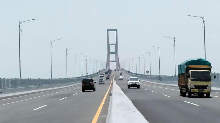 HOAKS Akses Jembatan Suramadu Ditutup Jelang Lebaran, yang Sesuai Ketentuan PSBB Boleh Lewat
