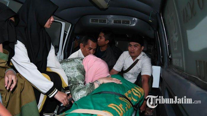 Jenazah Fuad Amin Bakal Disemayamkan Besok Pagi di Makam Keluarga Syaikhona Kholil Bangkalan