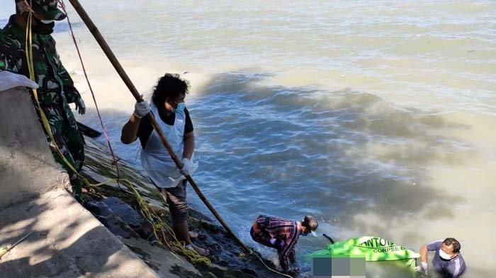 Pria Asal Depok Jabar Ditemukan Tewas Mengambang di Bawah Jembatan Suramadu, Ada Batu Paving di Tas