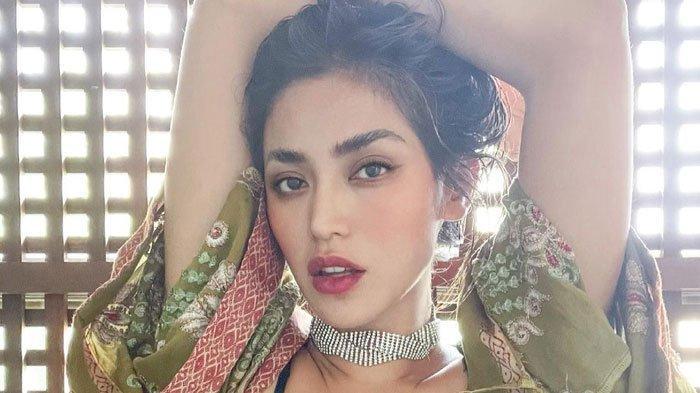 Jessica Iskandar kerap posting foto seksi