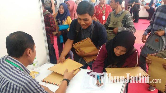 Angka Pengangguran di Jawa Timur 2020 Meninggi, BPS: Didominasi Perkotaan, Laki-Laki dan Lulusan SMA
