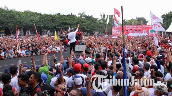 Kampanye di Banyuwangi, Jokowi Pamer Kerja Bangun Bandara Sampai Pabrik Kereta