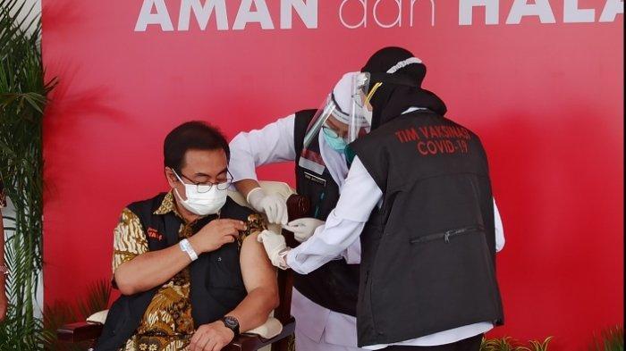 Ketua Tim Kuratif Satgas Covid-19 Jatim Usai Disuntik Vaksin, Rasakan Efek Samping Seperti Ini