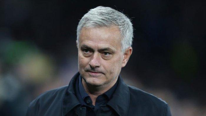 Resmi, Jose Mourinho Latih AS Roma Musim Depan