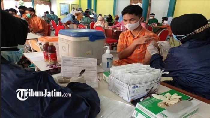 Sebanyak 1000 Siswa SMA di Lumajang Terima Vaksin Hari ini, DIbagi 2 Kloter