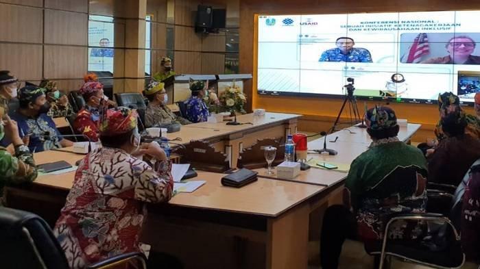 Kabupaten Situbondo berhasil mendapatkan penghargaan Kabupaten Paling Inklusif.