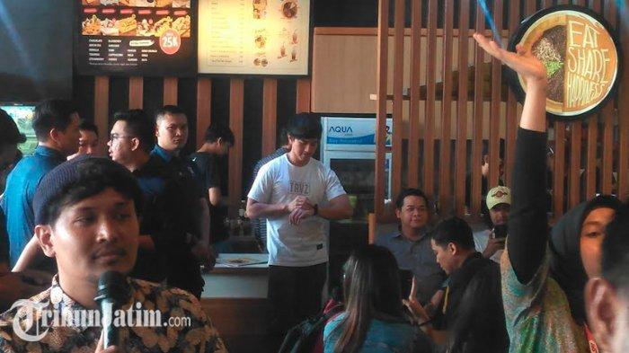Putra Joko Widodo, Kaesang Pangarep Datang ke Surabaya, Warga Rela Tunggu Sejak Pagi