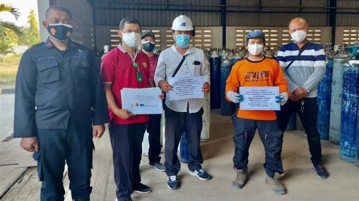 1.500 Tabung Oksigen Dibagikan Gratis oleh PT Smelting dan Kagama Jatim untuk Penanganan Covid-19