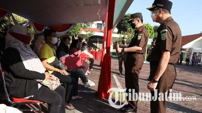 Hari Bhakti Adhiyaksa ke-61, Kejati Jatim Gelar Vaksinasi Covid-19 Massal di Islamic Centre