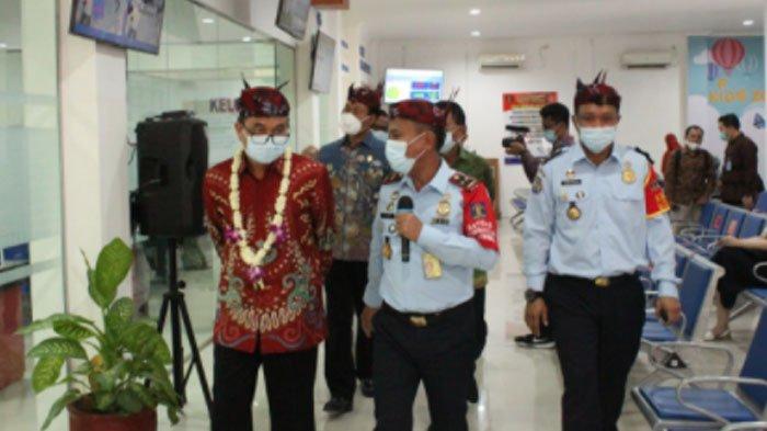Kanim Surabaya Terima Penguatan WBBM Oleh Deputi MenPAN-RB