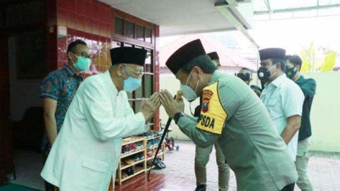 Kapolda Jatim Sowan ke Beberapa Ulama dari Ketua MUI Jatim Berlanjut ke Ponpes Sidogiri