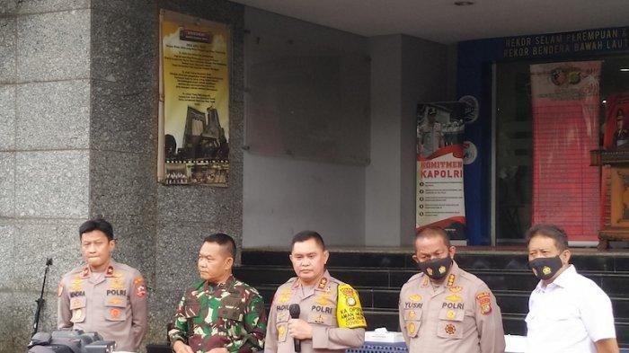 Penjelasan FPI Soal Kasus Penembakan Terhadap Pengikut Rizieq Shihab di Jalan Tol Jakarta-Cikampek