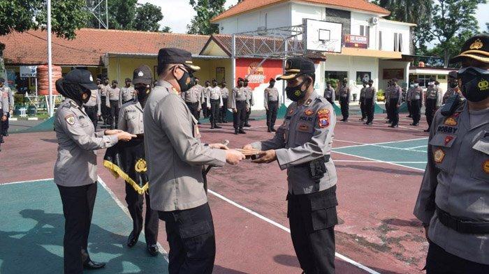 Raih Predikat WBK, Polres Bondowoso Berikan Penghargaan kepada 19 Personelnya