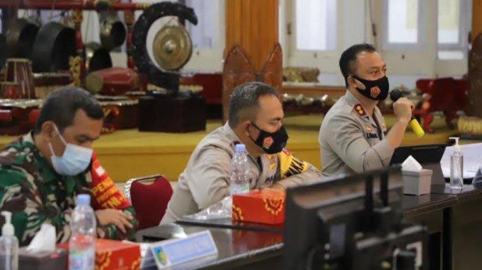 Kapolres Kediri Minta Tiga Pilar Tak Ragu Tegakkan Disiplin Masyarakat saat PPKM Mikro Darurat
