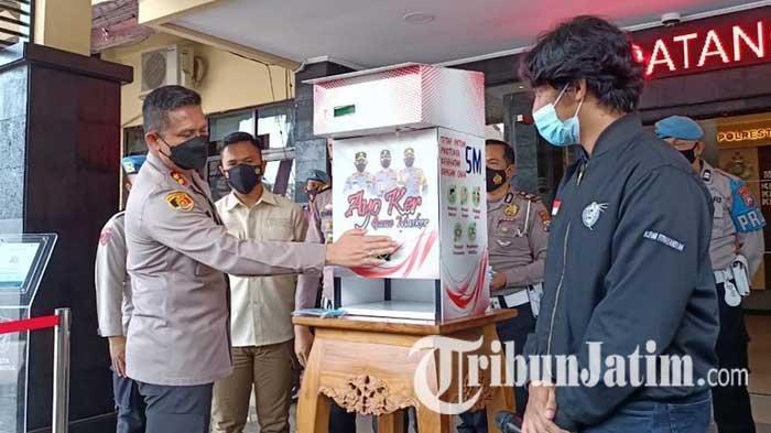 Cara Gunakan Dispenser Masker yang Berada di Tiga Titik Kota Malang, Tanpa Sentuhan