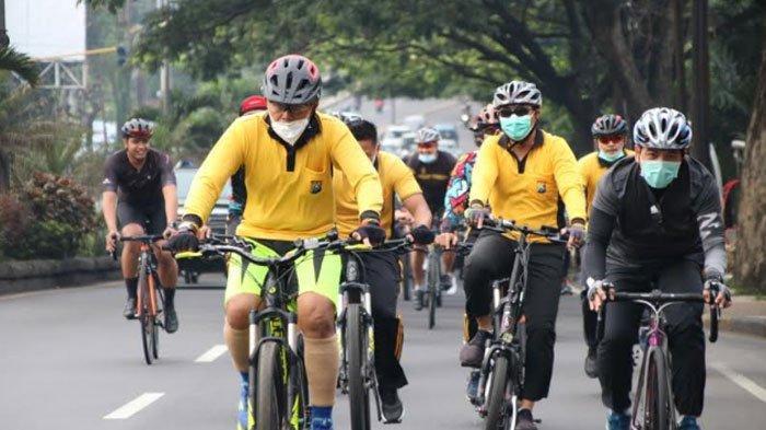 Kapolresta Malang Kota Bersepeda Bersama Anggotanya, Jaga Imunitas di Tengah Pandemi Covid-19