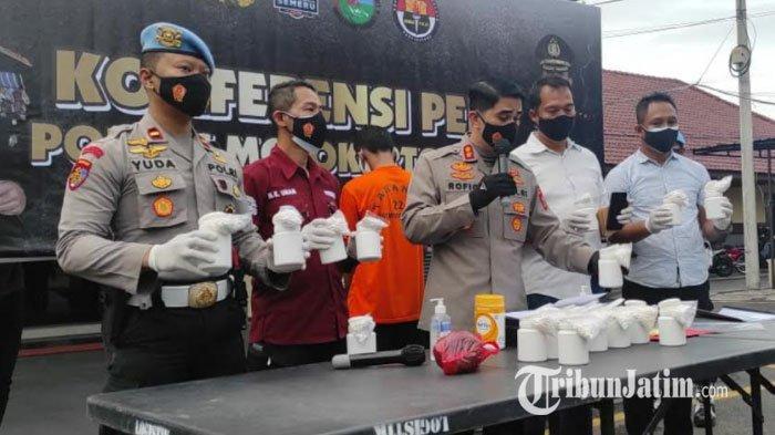 Polisi Bekuk Kurir Pil Ekstasi dan Pil Koplo di Jetis Mojokerto, Diedarkan dengan Sistem Ranjau