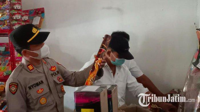 Jelang Hari Raya Idul Fitri, Polsek Pare Kediri Gencar Patroli Petasan dan Kembang Api