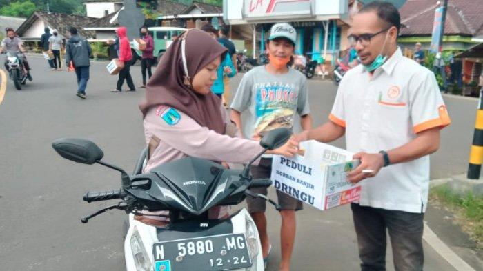 Karang Taruna di Probolinggo Galang Donasi dan Kirim Puluhan Relawan ke Lokasi Banjir