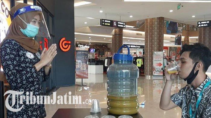 Mall di Gresik Terapkan PPK Masa Transisi New Normal, Siapkan Jamu Empon-empon 20 Liter Per Hari