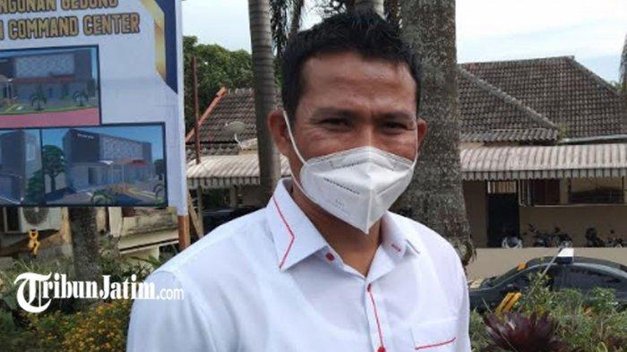 Terekam CCTV Merusak Portal Penyekatan PPKM Darurat di Kota Batu, Seorang Pelaku Diamankan
