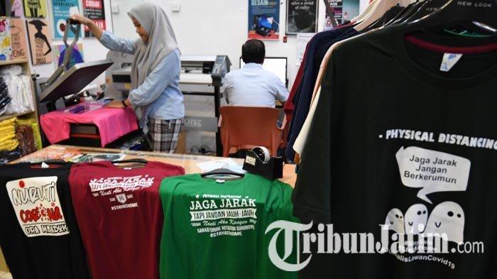 Cara Unik Pengusaha Clothing saat Pandemi Corona, Kampanye 'Jaga Jarak' via Kaus Pakai Quote Lucu